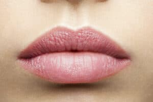 Natural frosted pink lips